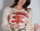 Белый пуловер с красивыми цветочками. Вяжем)) МК..