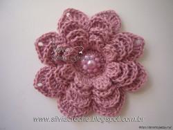 Объемный цветок крючком от Silvia Gramani — пошаговый МК.