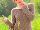 Пуловер с узором из ромбов вязаный спицами для женщин с описанием вязания