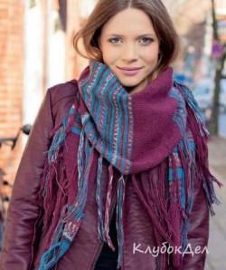 Полосатый платок с кистями. Вязание спицами и крючком