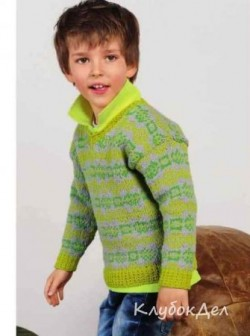 Вязаный спицами жаккардовый пуловер для мальчика