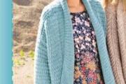 Иссиня-зеленое пальто для женщин вязаное спицами, схема с описанием вязания