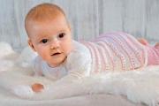 Платьице и штанишки для девочки 1-1,5 года. Вязание спицами для детей