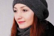 Вязаная шапка и снуд спицами для женщин с описанием