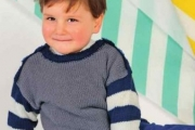 Детский пуловер с рукавами в полоску, вязание спицами для детей