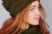 Шапка с валиками и шарф-снуд спицами. Вязание для женщин с описанием